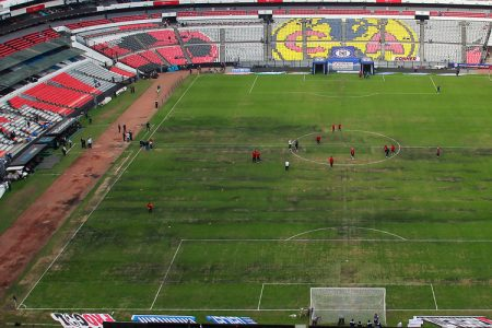 Podrian Cancelar El Juego De Nfl En Mexico Por El Pasto Del Estadio